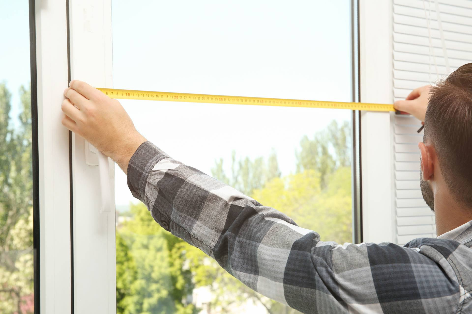 window blind sfitting services nottingham - About Us